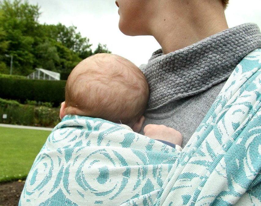 Workshop online: i vantaggi del babywearing